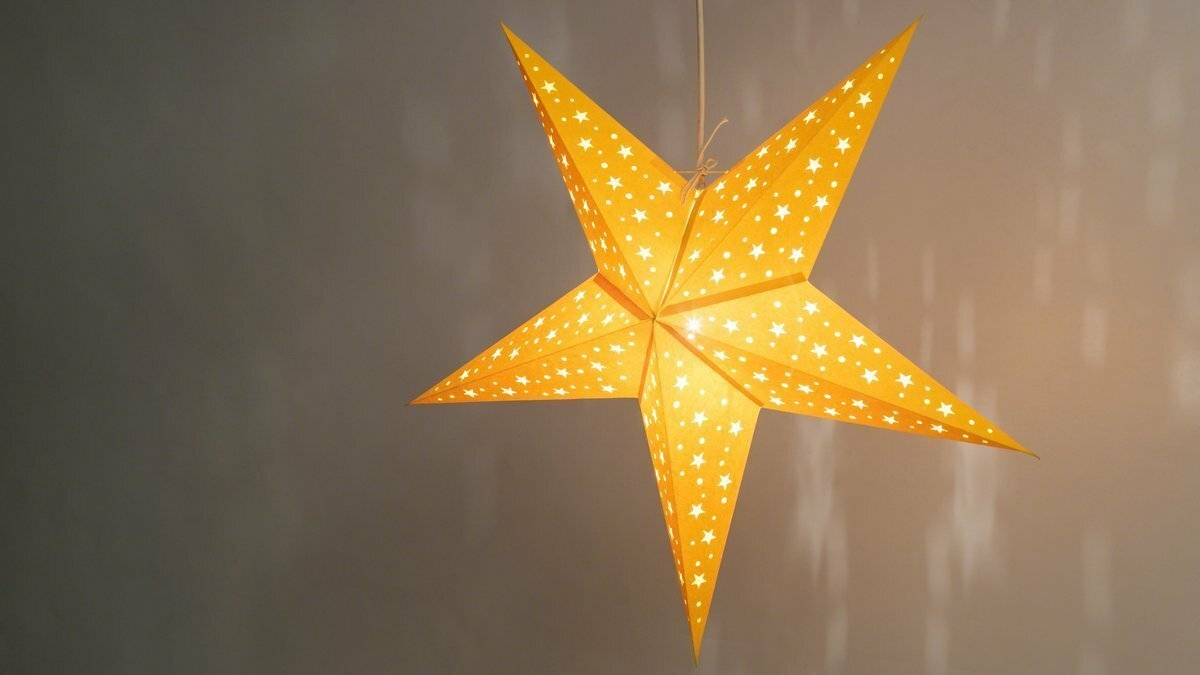 Starry Yellow Paper Star Light Shades & Lanterns Lit Up