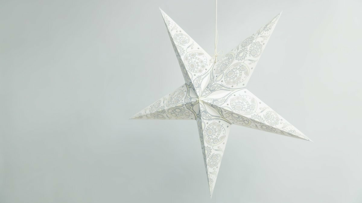 Lace Ivory Paper Star Party Decorations